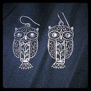 *Silver-toned Owl Earrings*